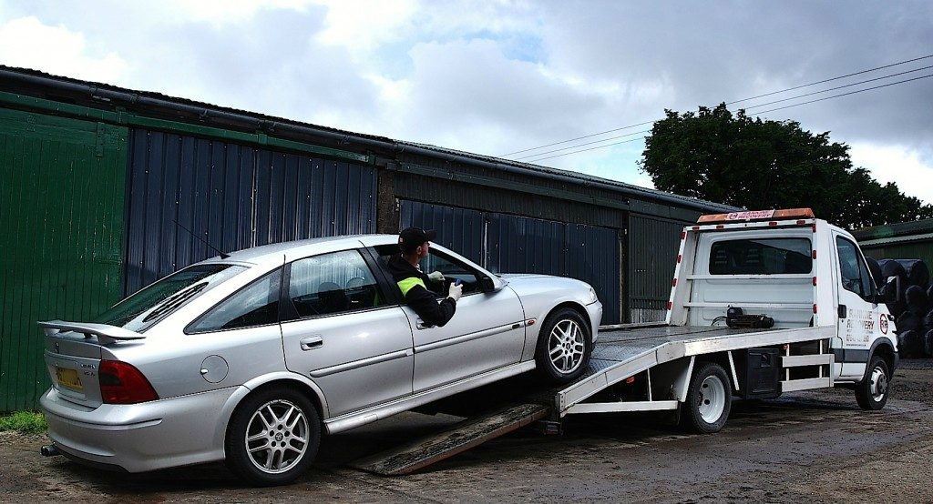 Car Removal Brisbane - Old & Unwanted Car Free Towing | Eco Wreckers